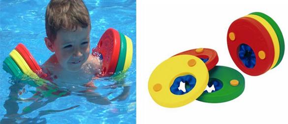 Manguitos para ni os en las piscinas delphin disc la web for Manguitos piscina
